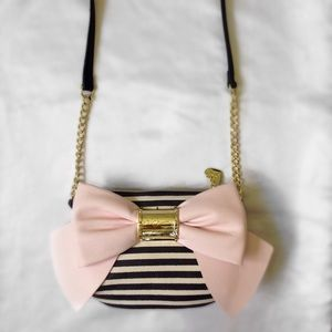 NWT Bow Betsey Johnson crossbody purse