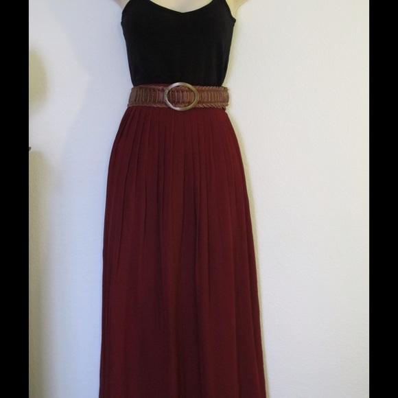 Forever 21 - Burgundy pleated maxi skirt from Leilah's closet on ...