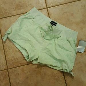 New Look seafoam green shorts linen