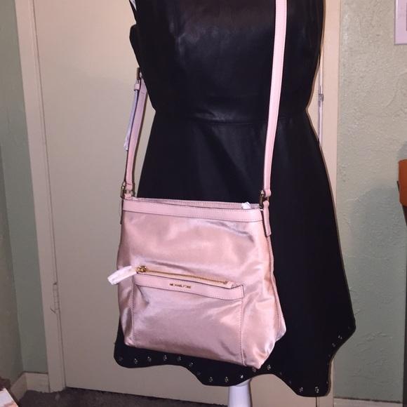 ad9685f94203 Michael Kors Bags | Morgan Crossbody | Poshmark