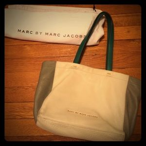 Marc Jacobs Handbags - Marc By Marc Jacobs Leather Handbag/Tote