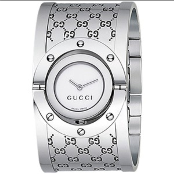 5c6aaf422a5 Gucci Accessories - Authentic women s Gucci twirl watch