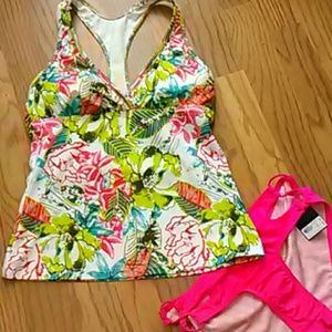 Athleta Other - Athleta tropical swim tankini top