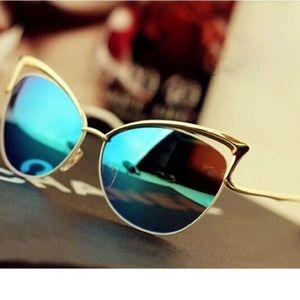 Cat eye sunglasses blue colored  lense NWT