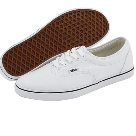 6e11aa79c6 White Vans LPE Lo Pro Era Sneakers Trainers. M 56fd9f1c981829735c066467