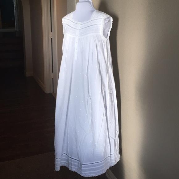 Vintage Intimates & Sleepwear | Erika Taylor White Cotton Eyelet ...