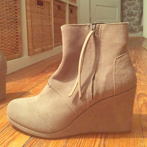 893d6806366 TOMS Shoes - Toms Desert Wedge booties- sand color