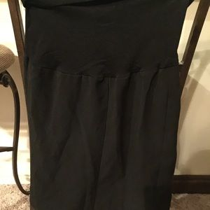 Maternity black pencil skirt