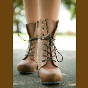 👢 STYLE MEETS COUNTRY HIKER BOOTS👢-📦NIB