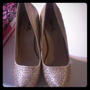 Qupid Shoes - Gold sparkly rhinestone high heels