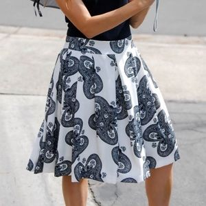 Relished Dresses & Skirts - Black & white flowing swing skirt
