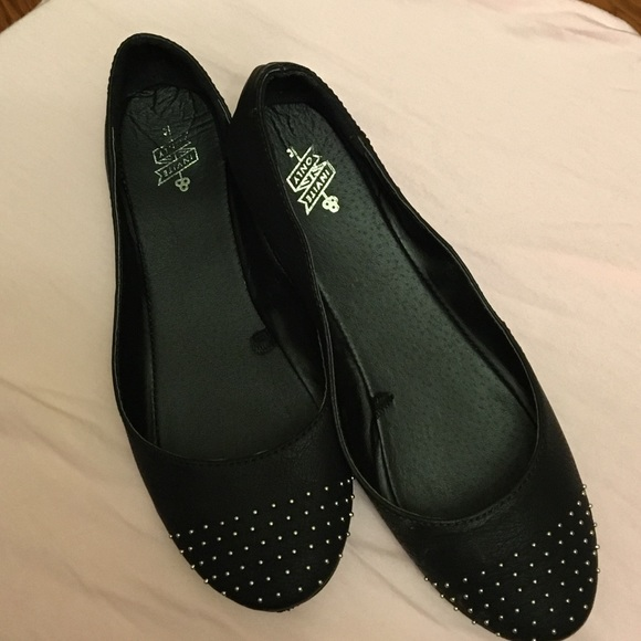 Aeropostale Invite Only Ballet Flats