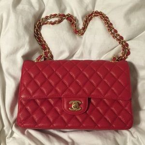 Handbags - Red quilted gold chain bag