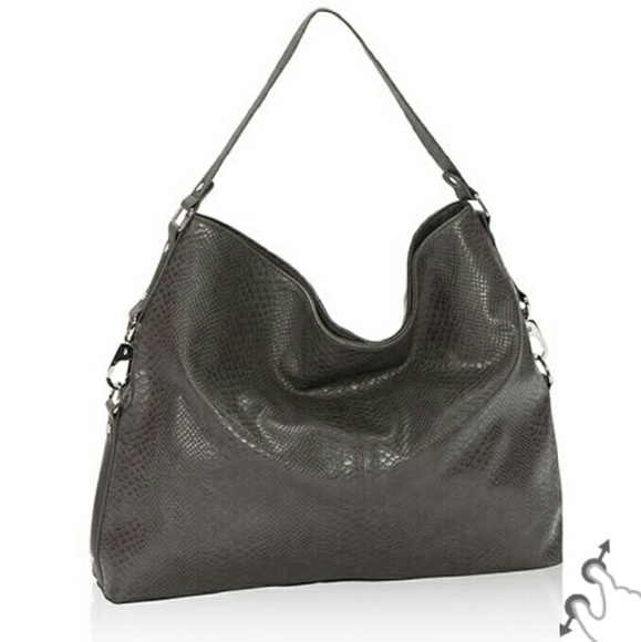 39% off Thirty-one Handbags - Thirty-one Jewell Fashion Games bag ...