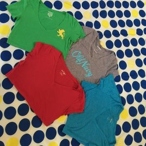 Old Navy Tops - T-Shirts size small