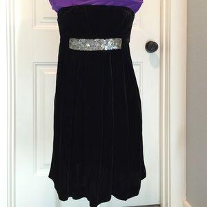Vera Wang black velvet dress