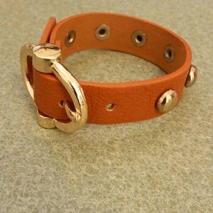 Cute brown buckle bracelet