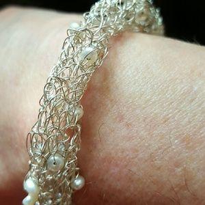 ⤵️⤵️Sterling Silver, Pearl Bracelet NWOT