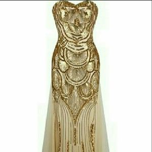 Dresses & Skirts - NWT Gorgeous Gold Sequin Tulle Gown