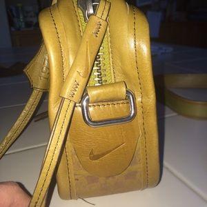 Nike Bags   Heritage 1972 Vintage Leather Handbag   Poshmark ee55f1fcf5