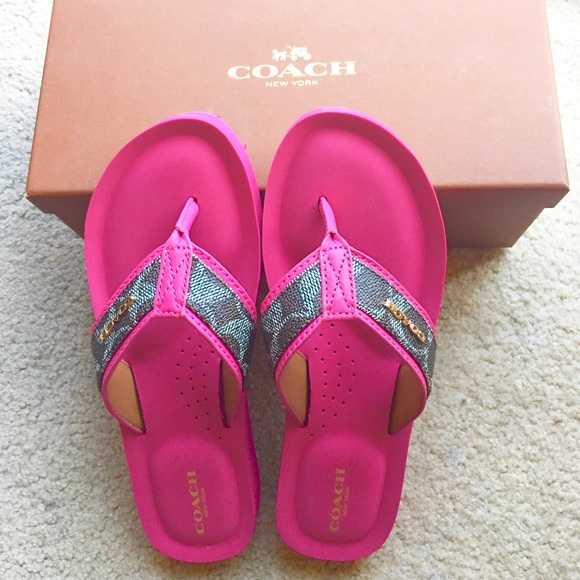 3c9c229118e0 Brand New Coach Judy Signature Sandal