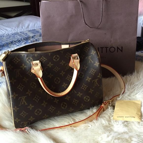 be80e2b1cb46 Louis Vuitton Handbags - Louis Vuitton Speedy Bandouliere 30