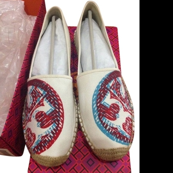Tory Burch 3D Espadrille Flat in Ivory