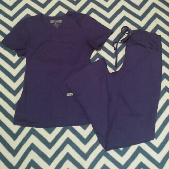 20937e9a754b9 Grey's Anatomy Purple Scrub Set Sz XS💕🏩🎀