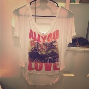 All you need is love cropped tee sz s