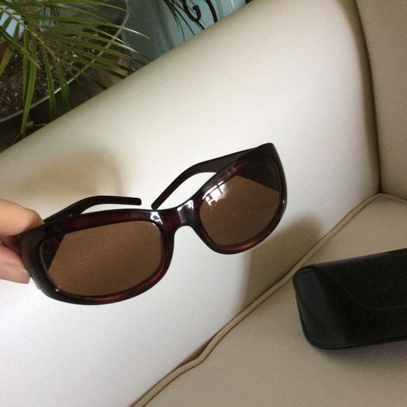 017a46f6dd51 FENDI Accessories - Fendi authentic sunglasses