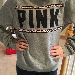 PINK XS sweatshirt. Great condition!