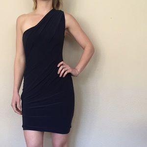 Soprano Dresses & Skirts - {Nordstrom } One Shoulder Bodycon Dress