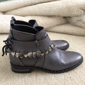Must Have- Freda Salvador Metallic Booties