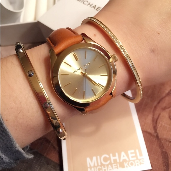 26% off MICHAEL Michael Kors Accessories - SOLD