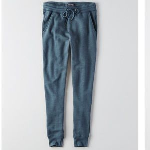 New American Eagle Women's jogger Sweatpants - XL