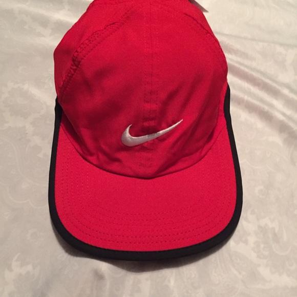 Nike Red Tennis Hat #611811 Featherlight Dri-Fit