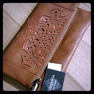 Emperia Handbags - GOURGOUS SOFT ITALIAN LEATHER, Lazar cut design