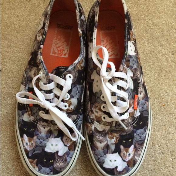 9ba438742cd8d Vans cat tennis shoes