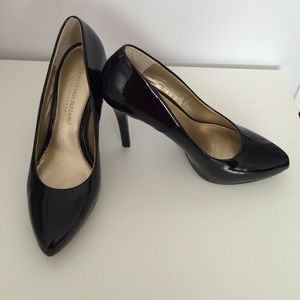 Christian Siriano Shoes - Christian Siriano black pumps