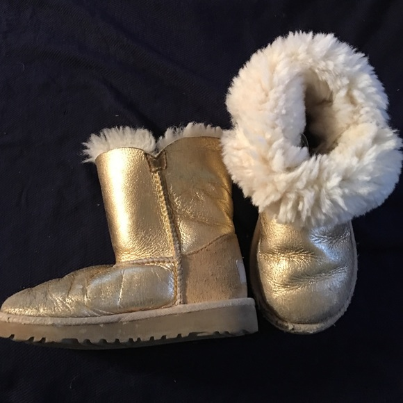 c739a2b1587 UGG BAILEY BUTTON TODDLER BOOTS GOLD BUNDLE