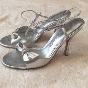 Nina Shoes - Nina silver bow heels