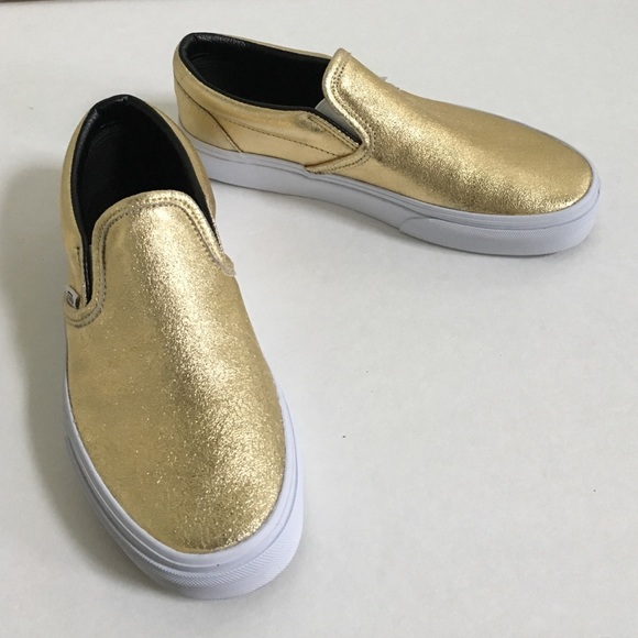 eab27a364571 Gold slip on vans. M 57013e3b7fab3a60f60c18fb