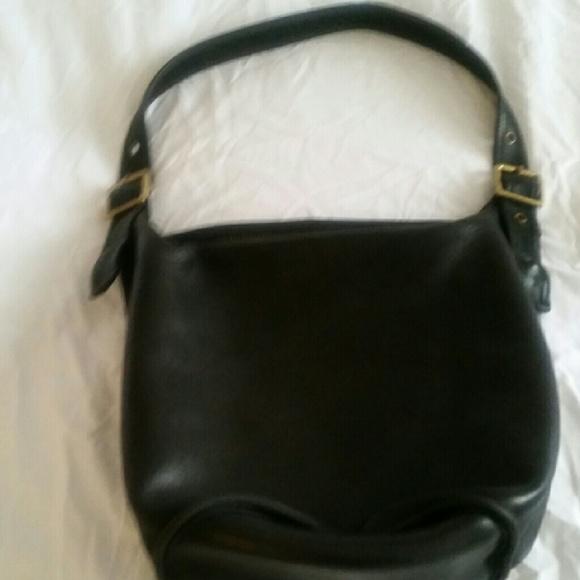 25dd73ae713ce Coach Bags   Vintage Leather Large Bucket Purse   Poshmark