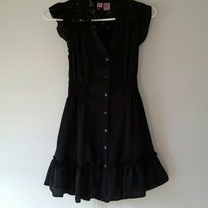 love on a hanger Dresses & Skirts - Black button up dress