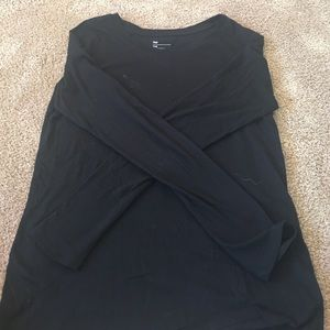 BLACK SMALL GAP ESSENTIAL TEE