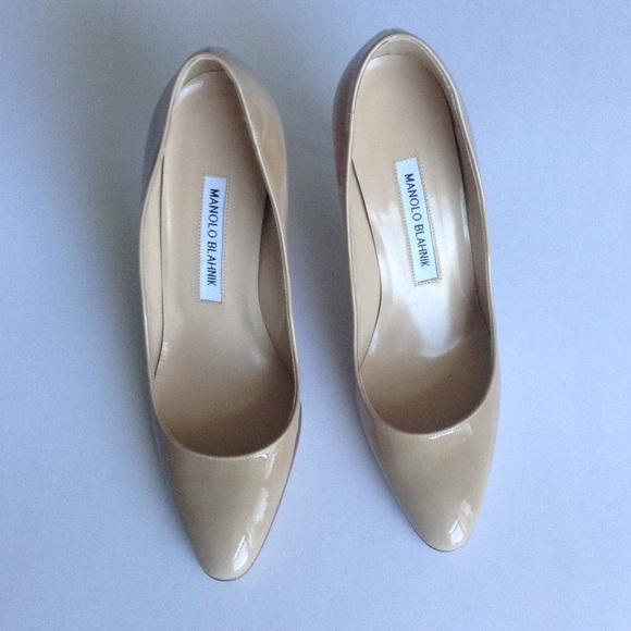 Manolo Blahnik Shoes - NEW Manolo Blahnik Tucciosam 90 Pumps