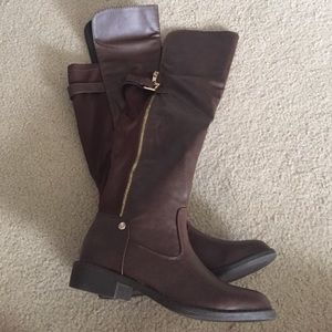 Shoes - NEW Brown zippered knee high boots 7.5