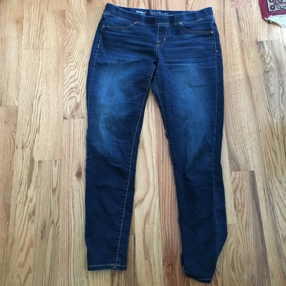 Mid Rise Skinny Jeggings No Zipper or Button