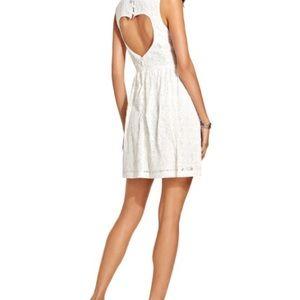 keds Dresses & Skirts - New Keds White Lace Dress w/ Heart Cutout Back