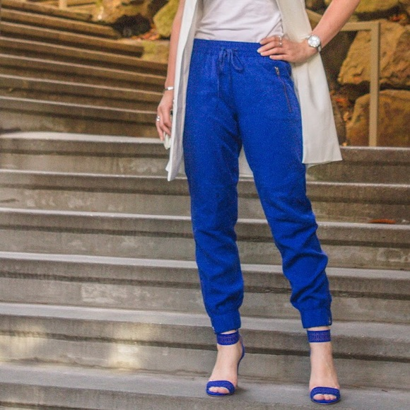 Banana Republic Pants - Banana Republic Cobalt Blue Jogger Pants